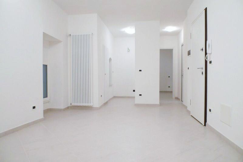 Soggiorno cottura arredo idee per il design della casa - Soggiorno e angolo cottura ...